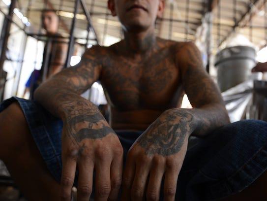 En su informe de gobierno, Trump relacionó a la pandilla Mara Salvatrucha con los inmigrantes en EU.