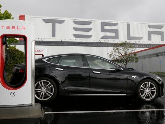 Tesla Exec Competitor S Electric Vehicles Resemble Appliances