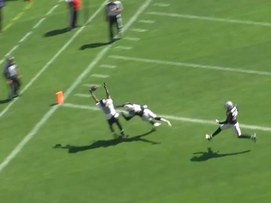 Ravens vs. Raiders, Play 2.2