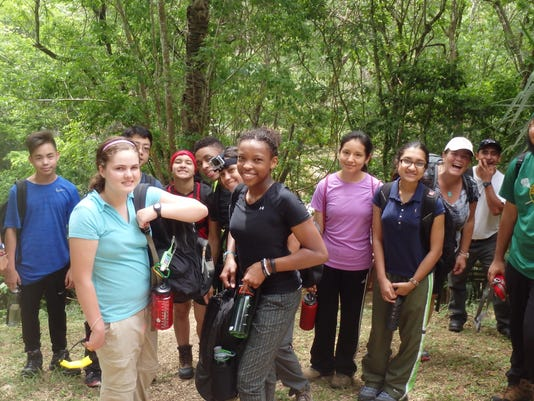 EST 0821 HN Student WardlawHartridge Guatem