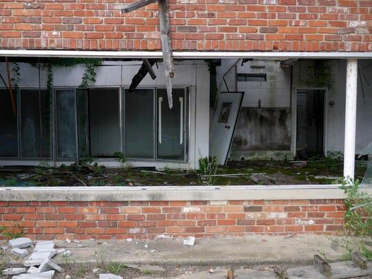 Abandon property
