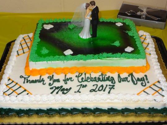 The Boyer wedding cake.