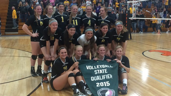 Eddyville-Blakesburg/Fremont advanced to its third straight state volleyball tournament with a 3-0 win over Des Moines Christian Wednesday.