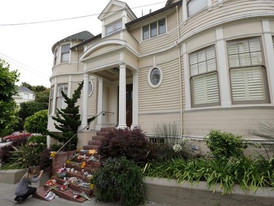 arrest made in arson case at 39 mrs doubtfire 39 house. Black Bedroom Furniture Sets. Home Design Ideas