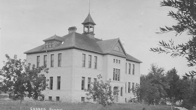 The Mishicot Graded School building as it appeared in 1911.