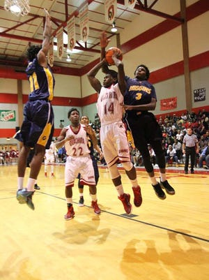 LW Higgins played the Ouachita Lions Friday night in the Madhouse at OPHS in Monroe.