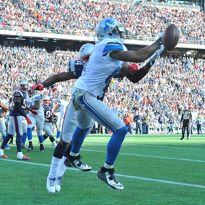 Lions receiver Calvin Johnson can't pull in a touchdown