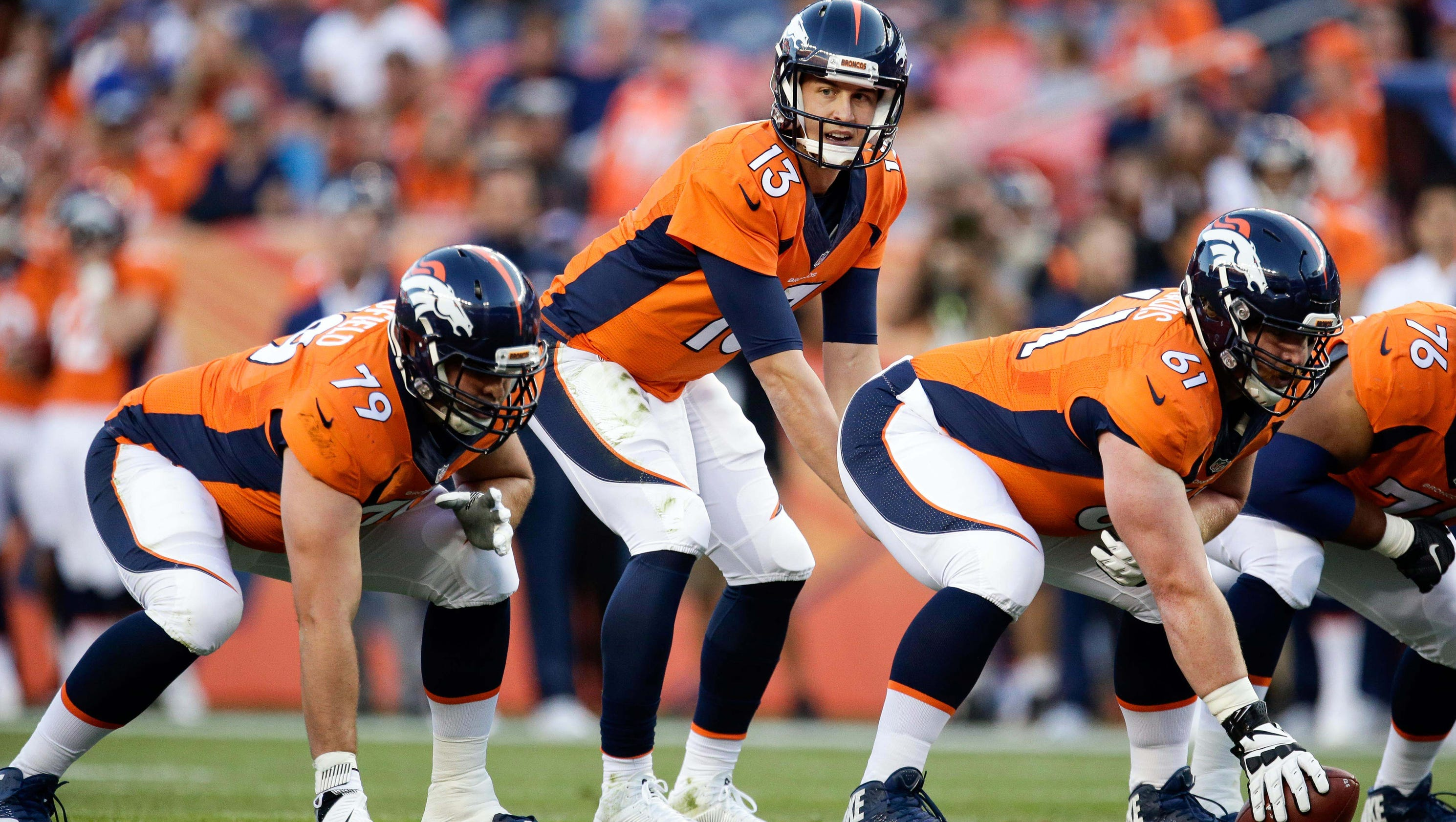 Broncos Qbs Siemian In Lead But Here Comes Lynch