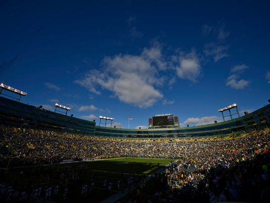 ES_GPG_Packers vs. Eagles_11.10.13