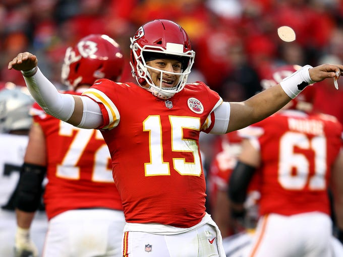 KANSAS CITY, MISSOURI - DECEMBER 30:  Quarterback Patrick Mahomes #15 of the Kansas City Chiefs reacts during the game against the Oakland Raiders at Arrowhead Stadium on December 30, 2018 in Kansas City, Missouri. (Photo by Jamie Squire/Getty Images)