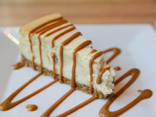 desserts - malo cheesecake