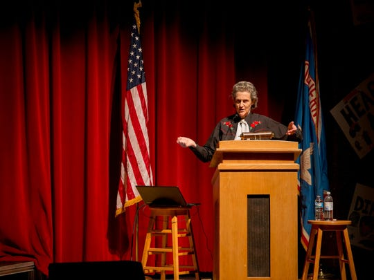 -DCA 0501 Temple Grandin 2.jpg_20150501.jpg