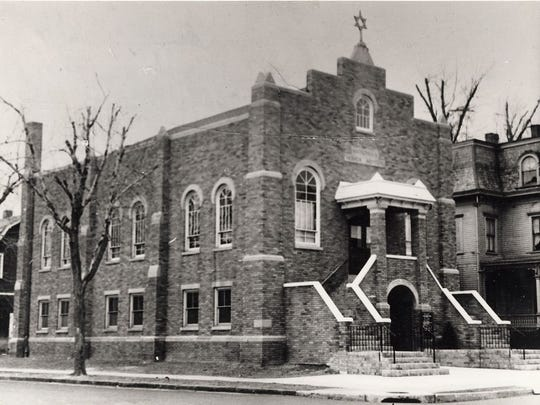 The original Hackensack Hebrew Institute, on State and Meyer streets. The synagogue was built in 1921. The house on the right is the Talmud Torah (Hebrew School), which was razed in 1954. A new school was built as an addition to the synagogue in 1956.