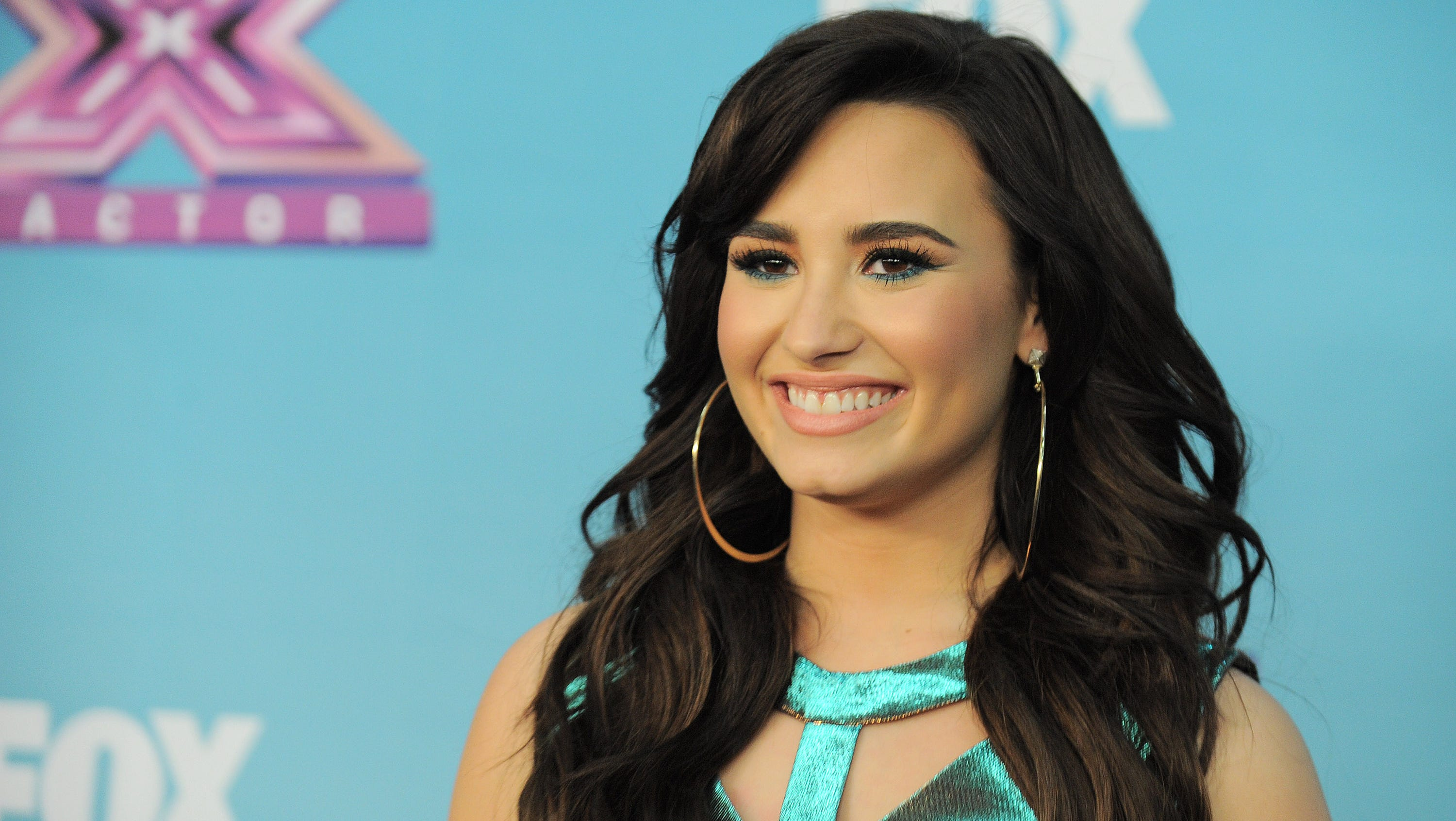 Demi Lovato then: Lovato, 20, took her 'do from chocolate to honey to ...