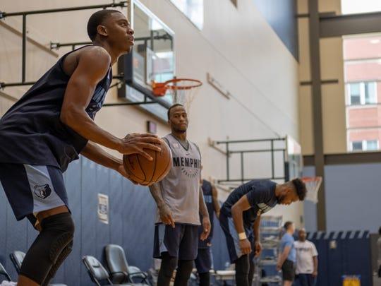 Jaren Jackson Jr prepares to take a shot while attending the Memphis Grizzlies 2018 Summer League mini-camp.
