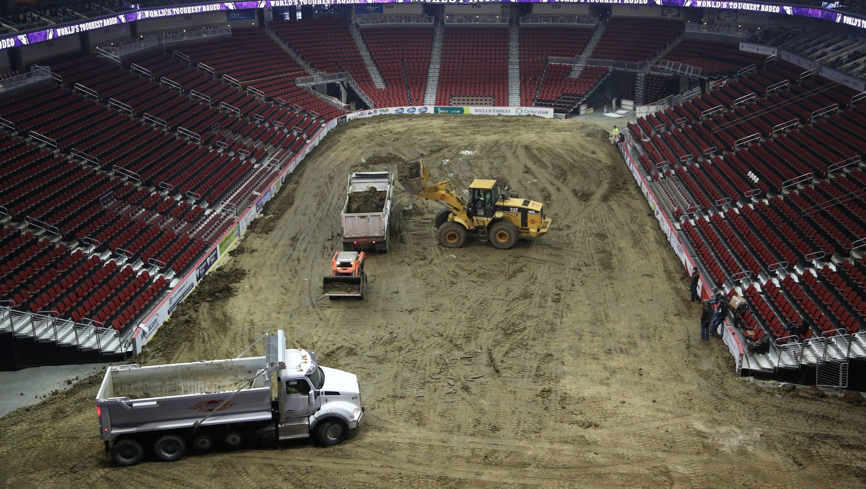 9 Photos World S Toughest Rodeo At Wells Fargo Arena