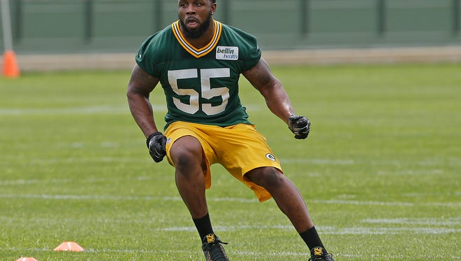 Green Bay Packers outside linebacker Lerentee McCray (55) works out during Organized Team Activities at Ray Nitschke Field in May.