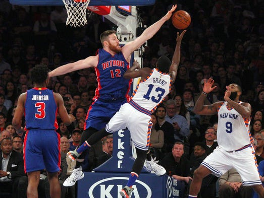 Pistons center Aron Baynes (12) blocks a shot by Knicks