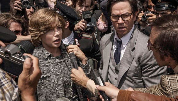 Michelle Williams and Mark Wahlberg in 'All the Money