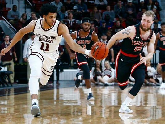 Austin_Peay_Mississippi_St_Basketball_66722.jpg