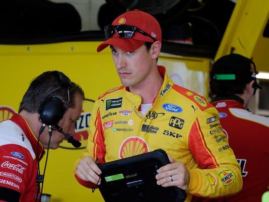 NASCAR_Championship_Auto_Racing_90153.jpg