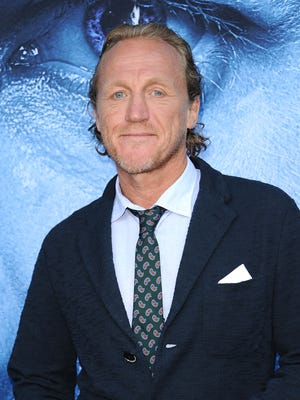 How do makeup artists turn actor Jerome Flynn into his 'Game of Thrones' character? We're guessing they use a Bronn-zer.