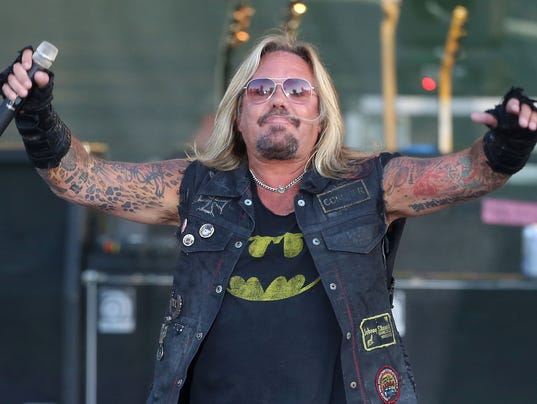 the curious case of vince neil and the trump inauguration. Black Bedroom Furniture Sets. Home Design Ideas