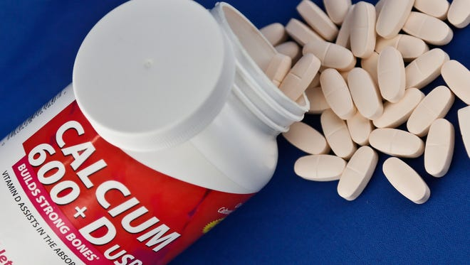 Calcium and vitamin D supplements, alone or in combination, failed to prevent pre-cancerous colon polyps in a new study.