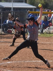 Calico Rock's Jaclyn Hamby delivers a pitch Friday