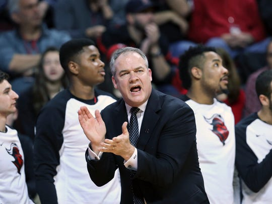 Rutgers coach Steve Pikiell shouts to his players