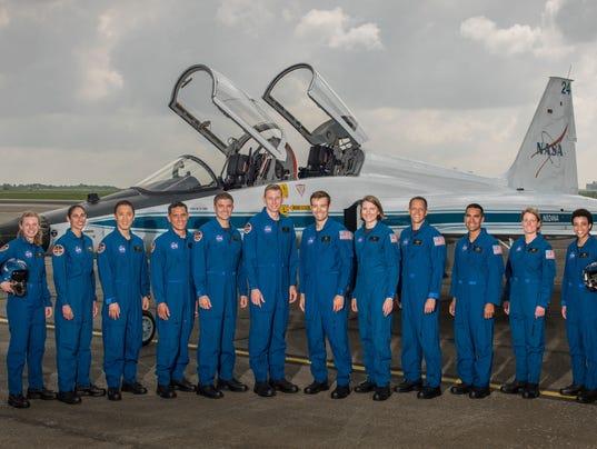 636324486331092934-astronaut-candidates-2017-jsc2017e067125.jpg