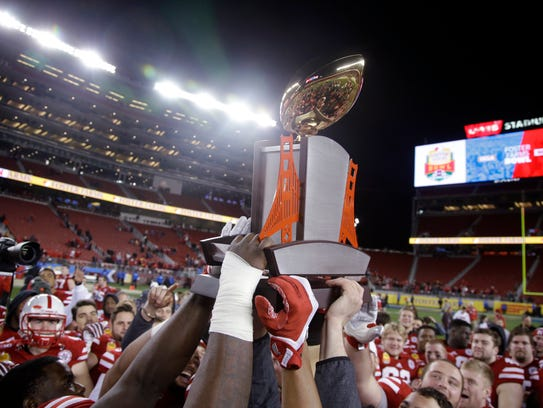 college football committee bowl games for today