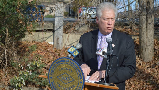 Westchester Board of Legislators Chairman Mike Kaplowitz said Thursday he'll push to win approval for $1.65 million borrowing package for infrastructure on Hunts Place affordable housing project on Hunts Place in downtown Chappaqua.