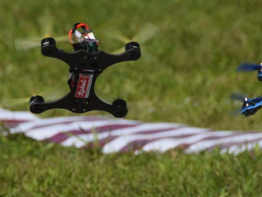 636277745880327541-college-championship-drone-racing.jpg