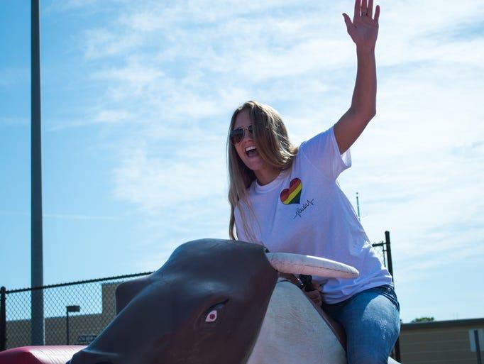 Cara Spirazza, a 2016 UCF alumnus and Equestrian Club