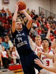Carson Barrett had a double-double with 21 points and 14 rebounds.