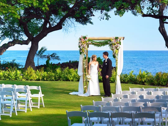 Best places for destination weddings in Hawaii