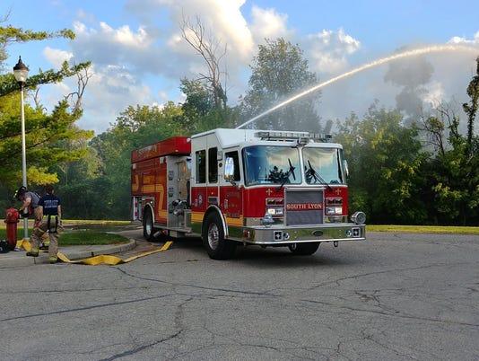 636392732808850679-SLH.fire-engine.jpg