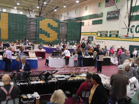 The Apache Junction Rock, Gem and Jewelry Show takes