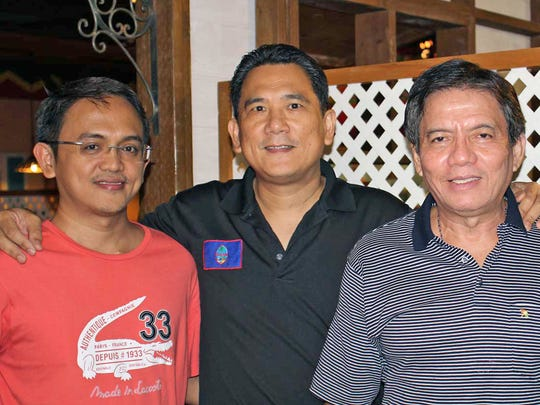 Philippine Chess Grandmasters Darwin Laylo, Noly Caluag and Eugene Torre at Jamaican Grill.