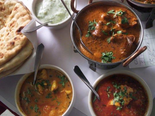 -  -JL 080899 B INDIAN FEAT-  An order of Indian food