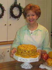Laurel Sewell with her Fresh Apple and Orange Cake