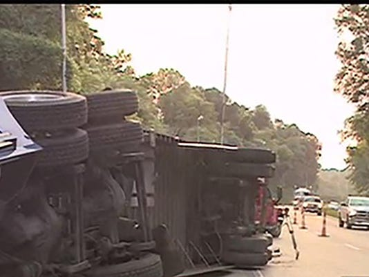 overturned-chicken-truck
