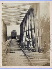 Andrew J. Russell photo of Railroad Operations in Northern Virginia, 1862 or 1863 (Library of Congress, Prints and Photographs Division)