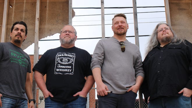Ninety to Nothing, or the former Hazy Shade band plus one, will headline at 9 p.m. tonight at the Iron Horse Pub.