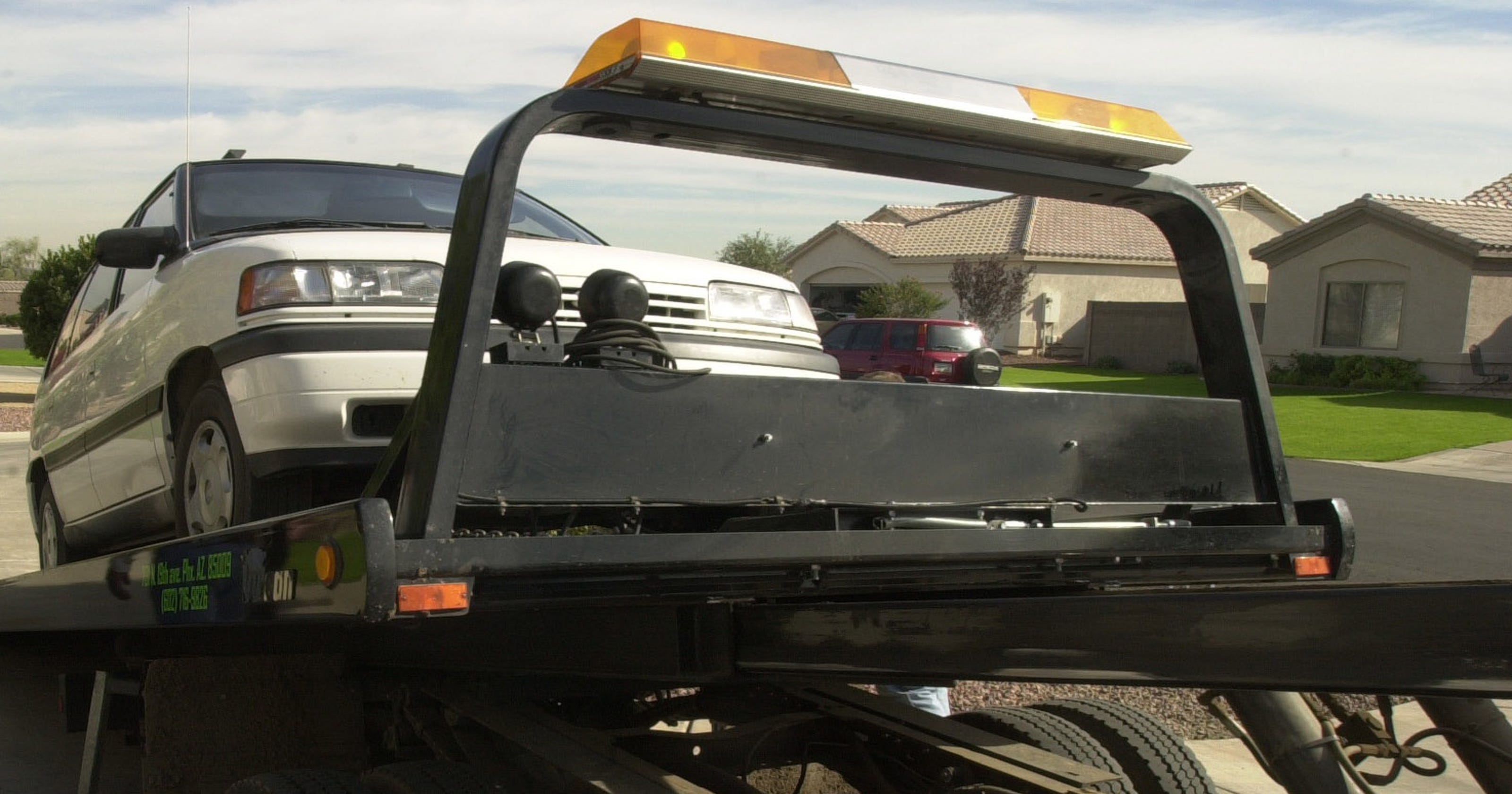 New Arizona law cracks down on bad towing companies