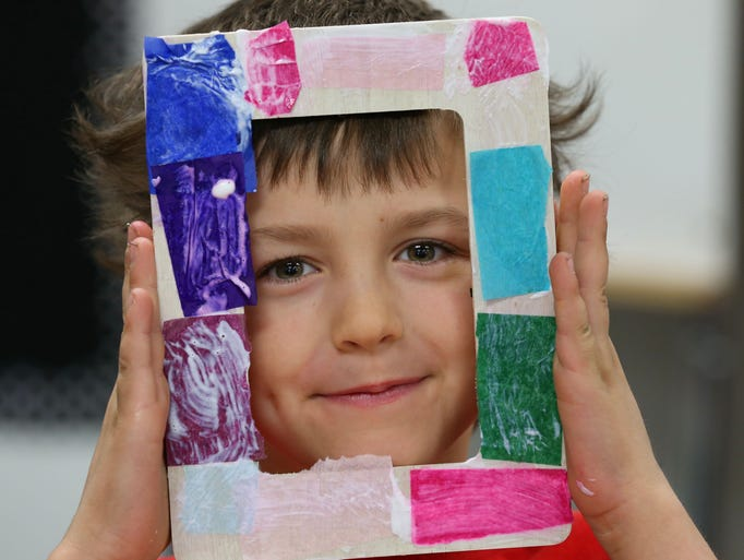 14 photos fine arts day at clive elementary school for Craft stores des moines
