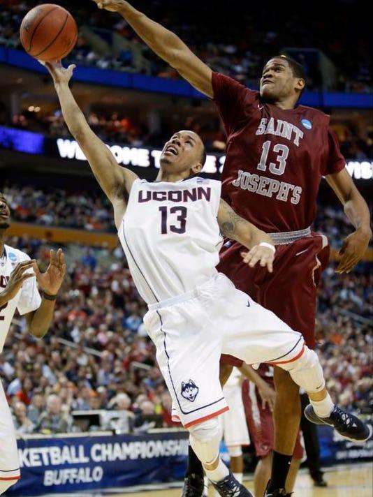 All-America Basketbal_Foot.jpg