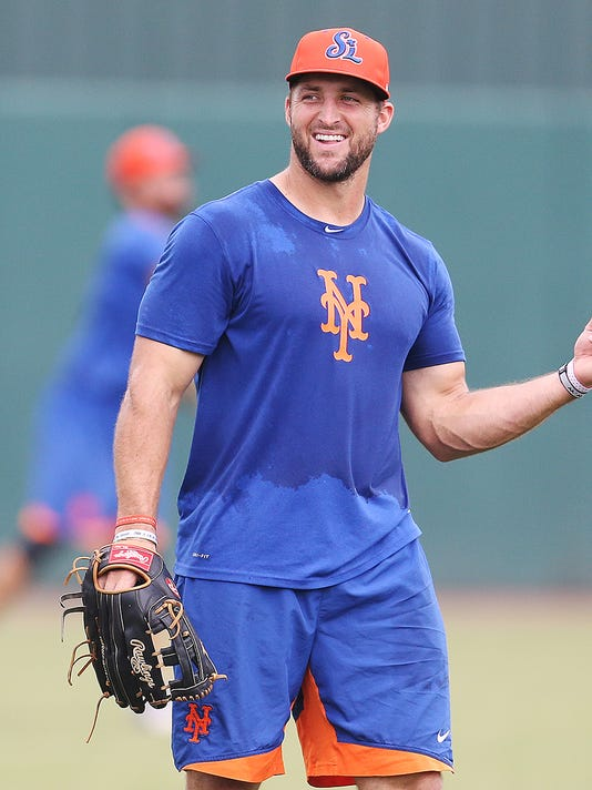 #WEBONLY 636344457415050000-Tebow-WEB-UPDATE.jpg