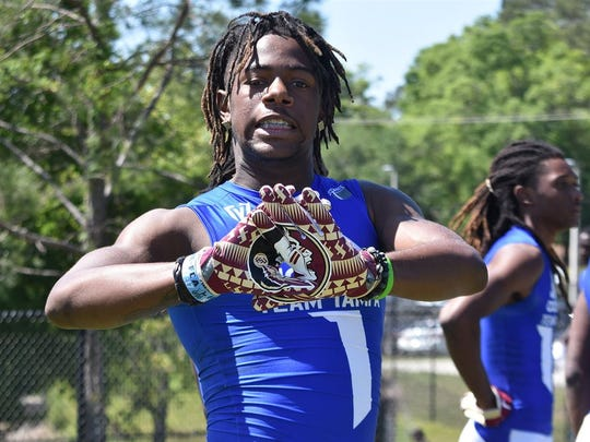Florida State's coaching staff must do everything it can in order to sway four-star wide receiver Warren Thompson from his recent commitment to Oregon.